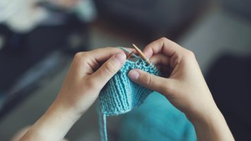 knitting with yarn